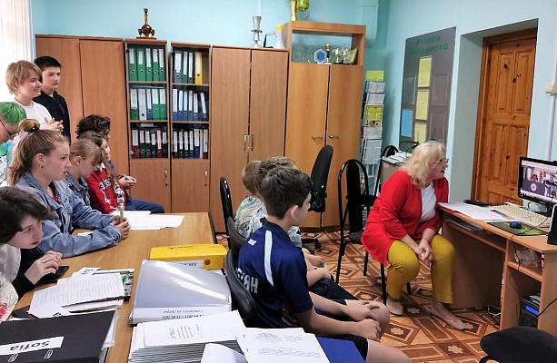 Учащиеся школ городов-побратимов Сочи и Челтенхема обсудили вопросы экологического сотрудничества